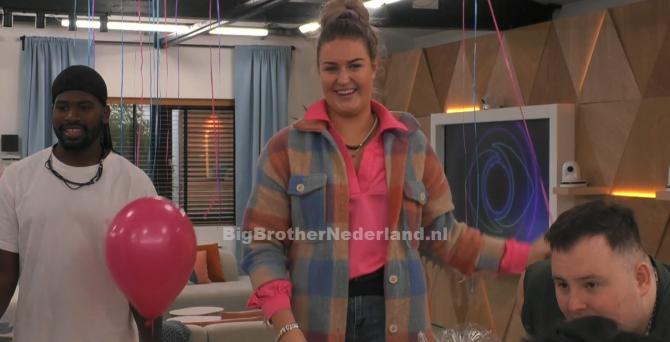 Jill is weer terug in Big Brother nadat de groep een raadselachtige opdracht voltooid
