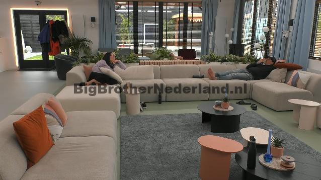 Wat gebeurd er op deze rustige zondag in Big Brother?