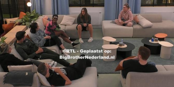 Big Brother zorgt voor verwarring, de bewoners denken dat kijkers mogen beslissen tijdens de nominaties
