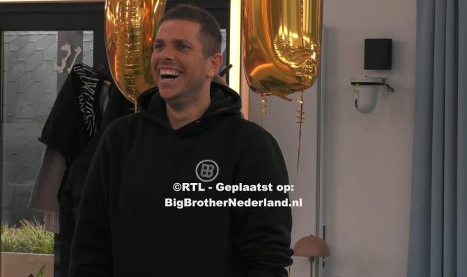 Big Brother verrast Nick met een videoboodschap van Rapper Sjors
