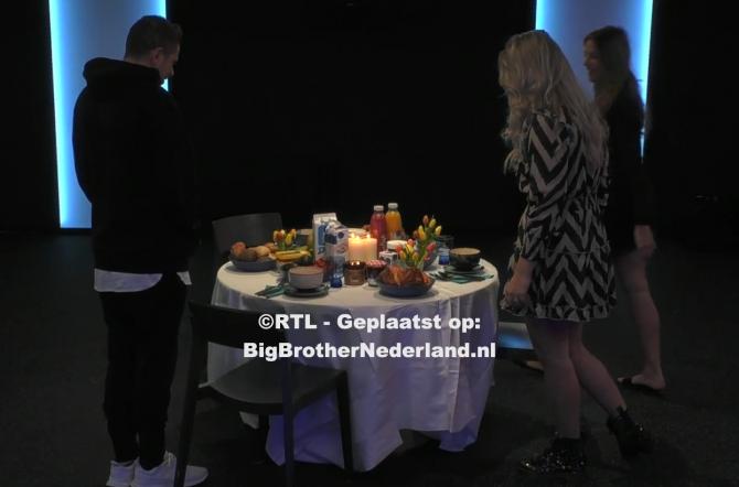 Big Brother trakteert de finalisten op een ontbijt op hun laatste volledige dag